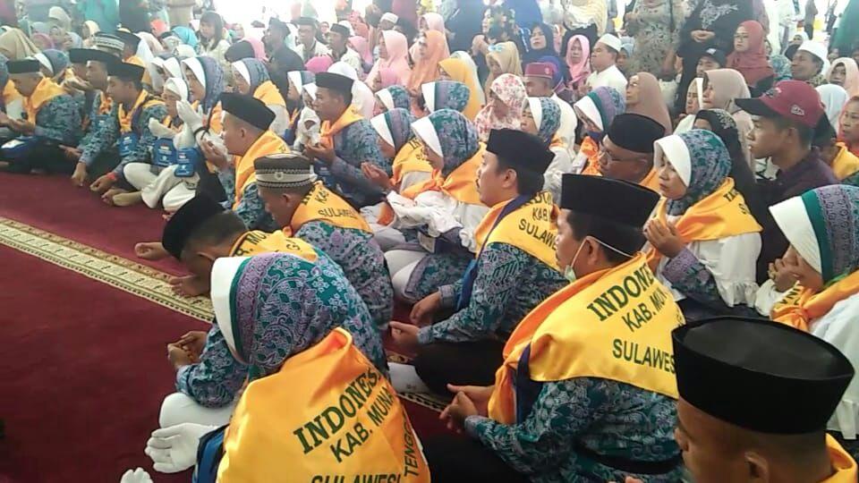 JCH Saat Acara Pelepasan di Masjid Al Munajat.