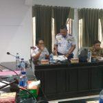 Kepala Dinas Perhubungan Bombana, Syahrun, ST (duduk paling kiri)