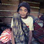 Nenek Bungadia, warga Desa Ladumpi, Kecamatan Rarowatu, Kabupaten Bombana