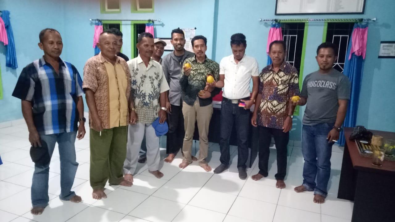 Foto Tim P3MD bersama Camat Siompu dan Pemerintah Desa Waindawula