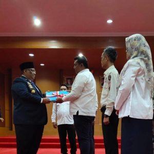 Penyerahan Hasil Penetapan Anggota DPRD Prov. Sultra Terpilih Pemilu 2019