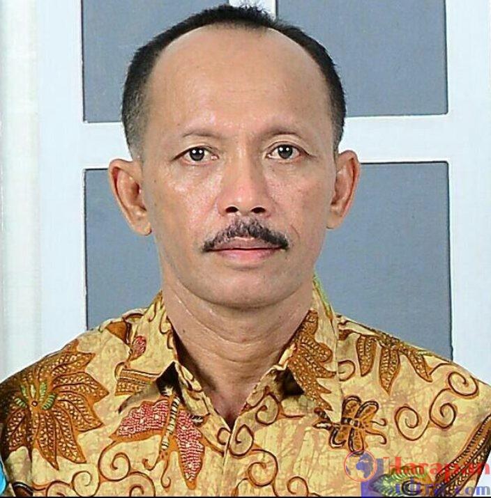 Foto : Drs. Maharuddin, Kepala Ispektorat Busel