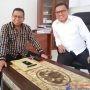 Ketua DPD II Golkar Muna, Muhamad Natsir Ido dan Sekretarisnya, La Ode Dyirun