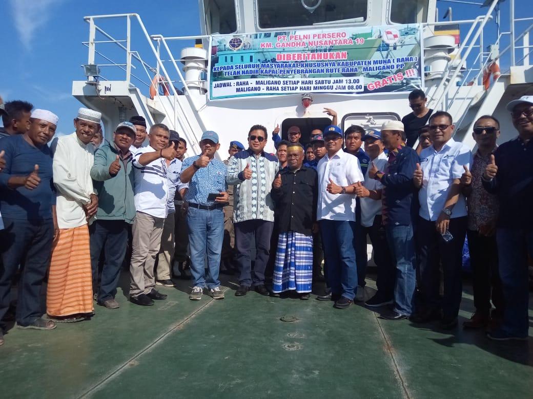 Foto bersama Bupati Muna, LM Rusman Emba beserta jajarannya didampingin Kepala PT Pelni, Ahmad Sadikin