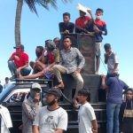 Massa Aksi saat Demo di Kantor DPRD Busel