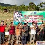 Panen Perdana Bawang Merah di Desa Windu Makmur
