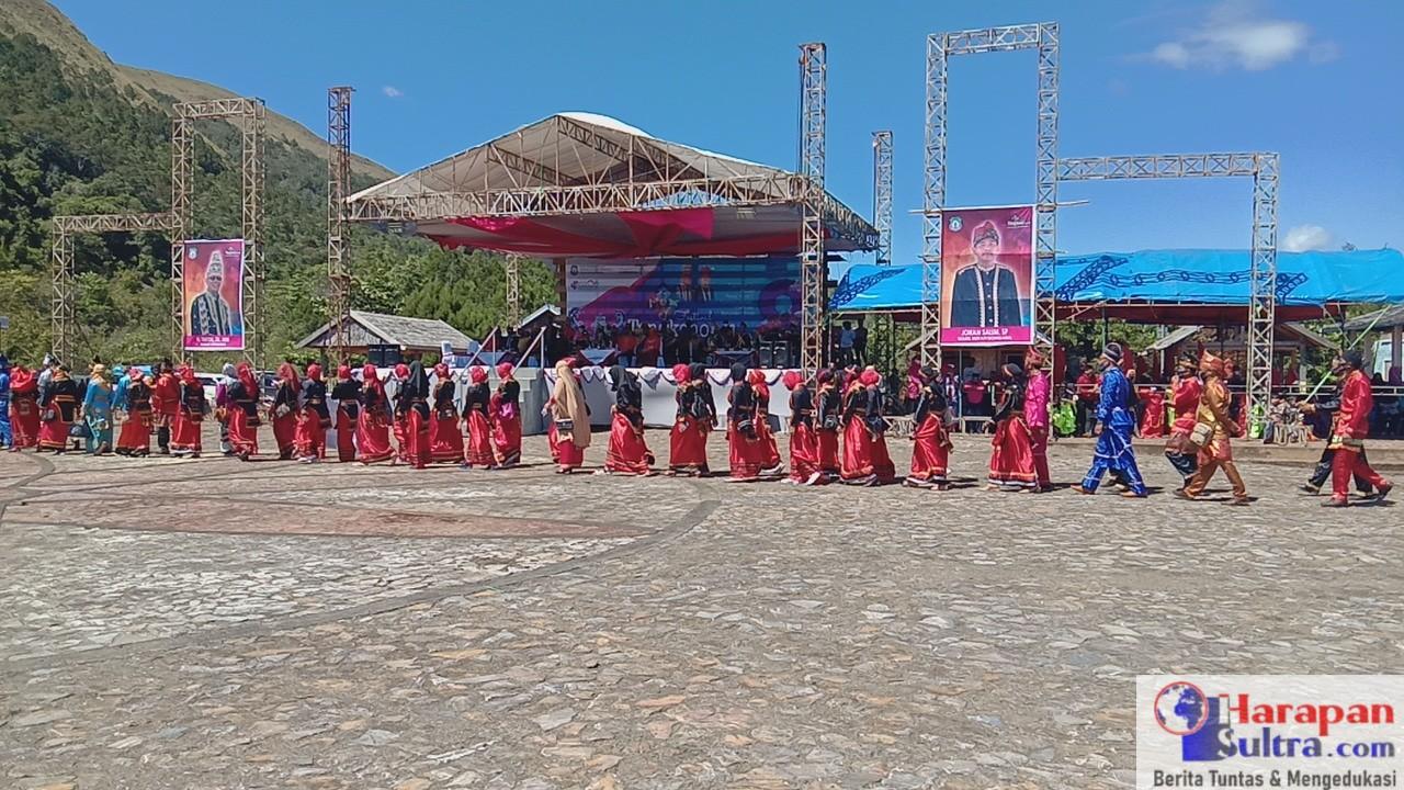 Suasana Pembukaan Festival Tangkeno