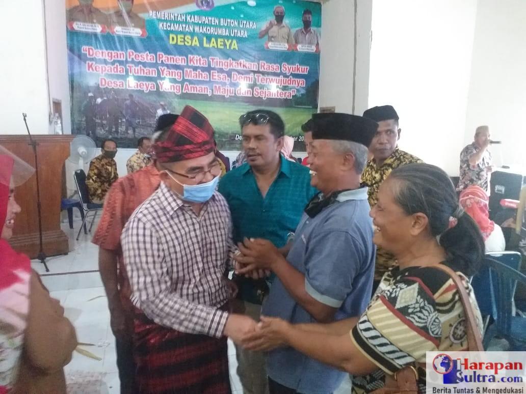 Bupati Abu Hasan mendapat sambutan hangat Masyarakat Desa Laeya