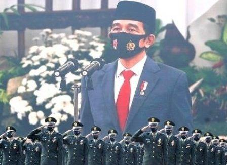 Presiden Jokowi pimpin HUT-TNI ke-75 Gambar ; CNN