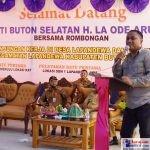 Bupati Buton Selatan, H. Laode Arusani saat Melaunching Sejumlah Pembangunan di Lapandewa