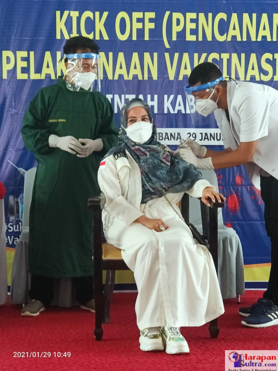 Andi Nirwana Sebbu (ANS) saat di vaksin covid-19