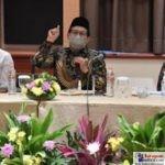 Menteri Desa, Pembangunan Daerah Tertinggal dan Transmigrasi Abdul Halim Iskandar saat membawakan materi