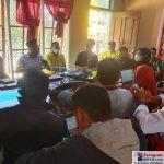 Enumerator se Kecamatan Lapandewa saat mengikuti Bimtek Pengisian Data SDGs di Aplikasi