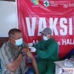 Salah satu Lansia yang Ikut di Vaksin